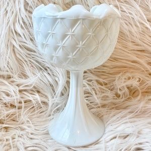 Indiana Duette Quilted Diamond Star Milk Glass